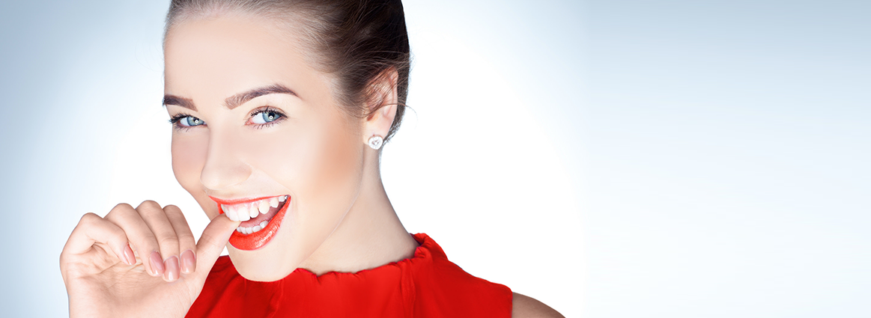 Особенности имплантации передних зубов